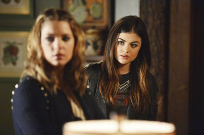 """The Liars delve into Ali's diary for answers, in """"Love ShAck, Baby."""""""