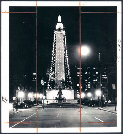 Baltimore's Washington Monument at Christmastime 1972, the year Mayor William Donald Schaefer decreed that it be decorated with lights for the holidays.