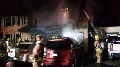 Firefighter hurt in overnight Howard County blaze