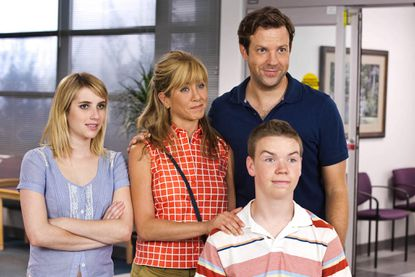 Review: 'We're the Millers' can't fake the laughs