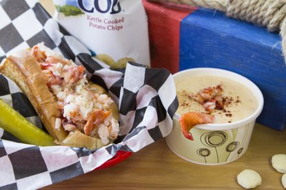 Mason's Famous Lobster Rolls, an Annapolis eatery, is offering franchise opportunities.