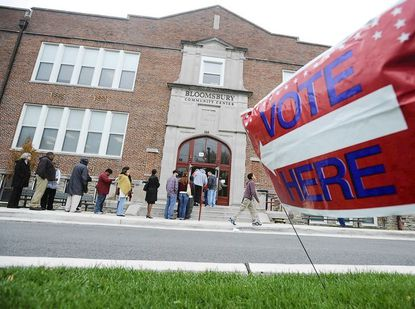 Hundreds of voters lined up to vote early at the Bloomsbury Community Center on Sunday, Oct. 28. Some voters waited for up to three hours to cast their ballots.