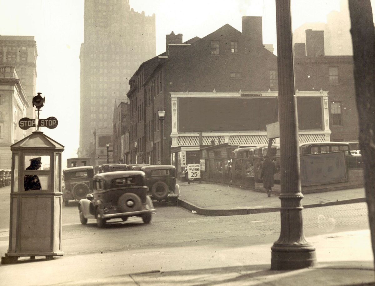 Baltimore traffic once depended on a system of homemade signals
