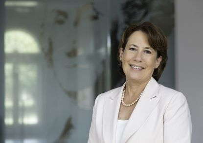 Sheila Bair, the former chairman of the Federal Deposit Insurance Corp., will be sworn in Saturday as the new president of Washington College.