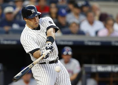 New York Yankees' Mark Teixeira will reportedly announce that he will retire after the 2016 season.