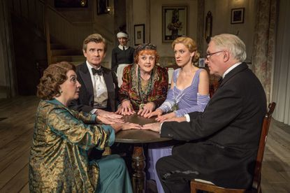 Lansbury conjures up great fun in 'Blithe Spirit' at National Theatre