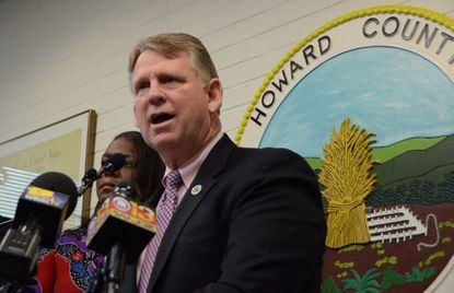"Howard County Executive Allan Kittleman announced Tuesday his plan to veto a bill that would have declared Howard a ""sanctuary"" county."