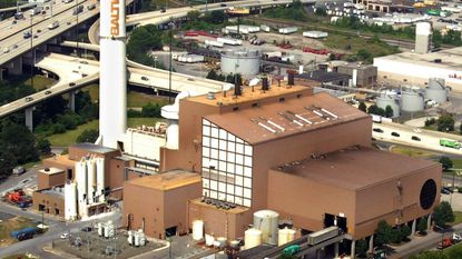 Aerial photo of Wheelabrator waste-to-energy incinerator on Russell St.