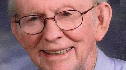 Edwin F. Lynch, educator and animal lover, dies
