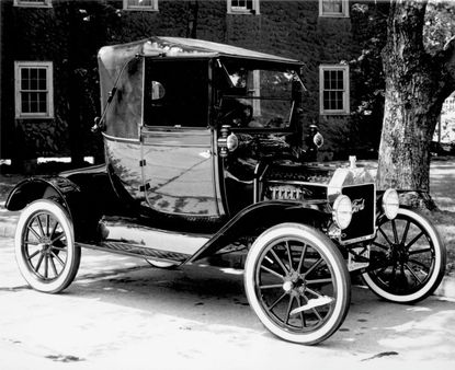 Why Trump is using Henry Ford, gas mileage to call out automakers on Twitter