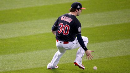 Early outfield mistake sets tone for Indians' disappointing return home