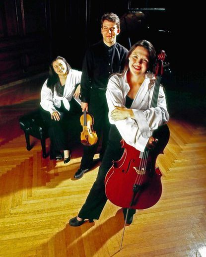 The three members of the Mendelssohn Piano Trio return to open the 2011-12 season at Columbia's Sundays at Three chamber music series, this Sunday, Oct. 2, at Christ Episcopal Church. Featured are Ya-Ting Chang at piano, violinist Peter Sirotin and cellist Fiona Thompson.