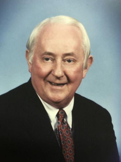 Robert M. Evans established Data Processing Associates, a boutique computer services firm.