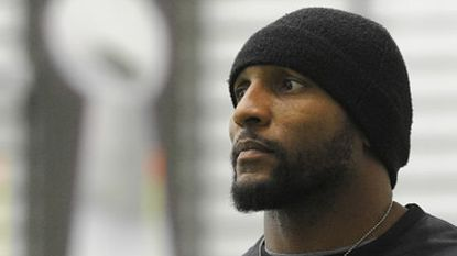 Ray Lewis close to signing deal with ESPN, report says