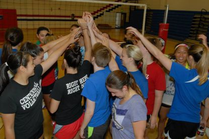 The Centennial volleyball team held the first annual Centennial Alumni Volleyball Tournament May 31 to honor fallen alumna Leanna Kelly.