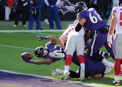 Baltimore Ravens running back J.K. Dobbins (27) stretches for a touchdown in the 1st quarter. The Baltimore Ravens played the visiting New York Giants at M&T Bank Stadium.