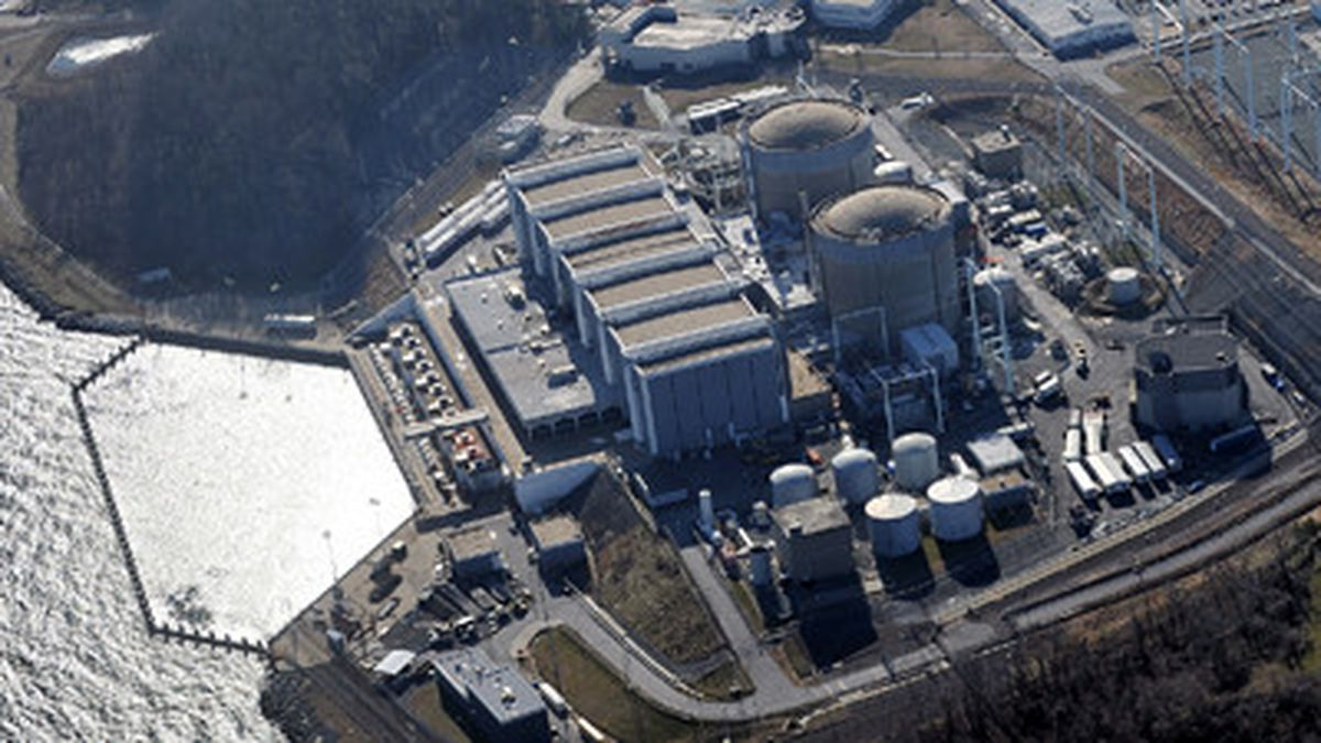 Report: Calvert Cliffs, other nuclear reactors at risk of