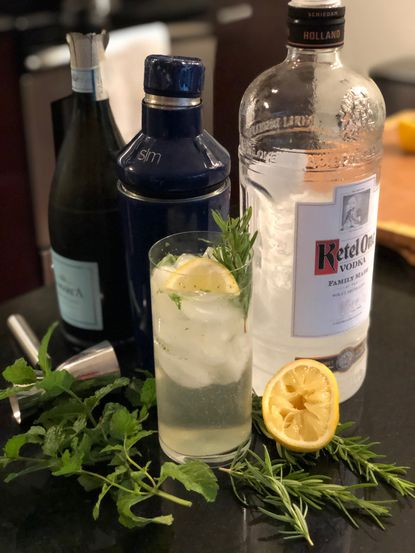 Beat the heat this week with a more refined, botanical restyle to the classic White Claw: the Rosemary Lemon Vodka Spritzer.
