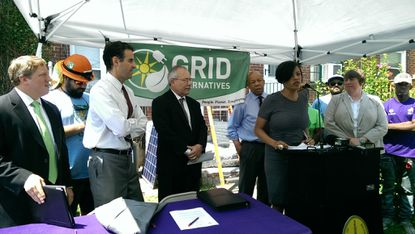 Mayor Stephanie Rawlings-Blake joined officials from the U.S. Department of Energy, the Maryland Clean Energy Center and the city to announce an agreement to develop solar installation financing options for low-income homeowners in Baltimore.