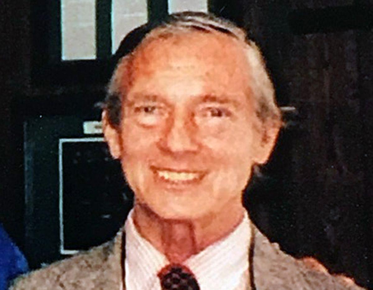 Gordon M F  Stick Jr , former Washington Post photographer