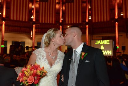 Shawn Oles and Jamie Jackson got enganged in front of Cinderella's Castle at Disney World.