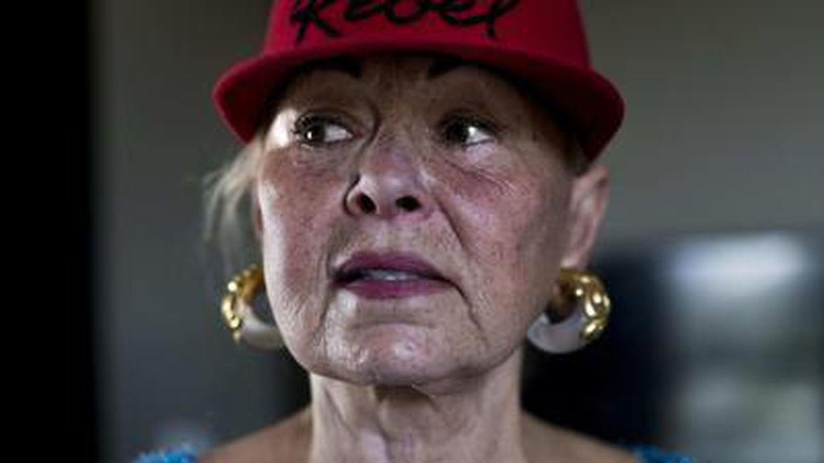 Roseanne Barr says former co-star Sara Gilbert destroyed her life -  Baltimore Sun