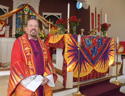 The Rev. David Thayer, pastor of St. Andrews United Methodist, retires today after 31 years at the church in Edgewater and a total of 42 years in the ministry.