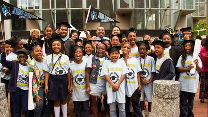 Teacher brings third- and fourth-grade students to his Johns Hopkins graduation