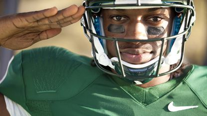 Robert Griffin III will share the cover of 'NCAA Football 13' with an undetermined football legend.