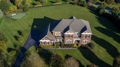 Former Ravens tight end Dennis Pitta sells Baltimore County home