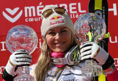 Under Armour endorser Lindsey Vonn fractures ankle