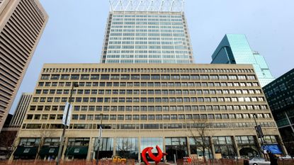 T. Rowe Price Group plans to move from its longtime headquarters at 100 E. Pratt St. to new offices in Harbor Point.