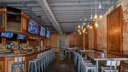 The Point, a bar and restaurant that got its start in Fells Point, is opening a Towson location.