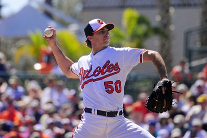 Orioles rally in eighth for 9-7 win over Blue Jays in Grapefruit League home opener