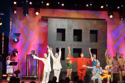 Cirque du Soleil's 'La Nouba' adds fun to Party for the Senses