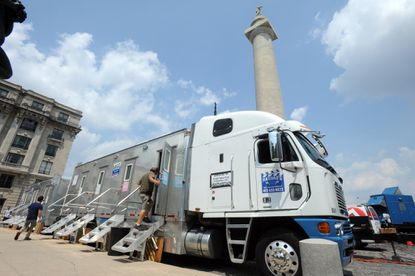 The crew for the House of Cards sets up in Mount Vernon.