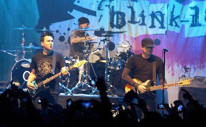 Tom DeLonge officially leaving Blink-182 in 'friendly divorce'