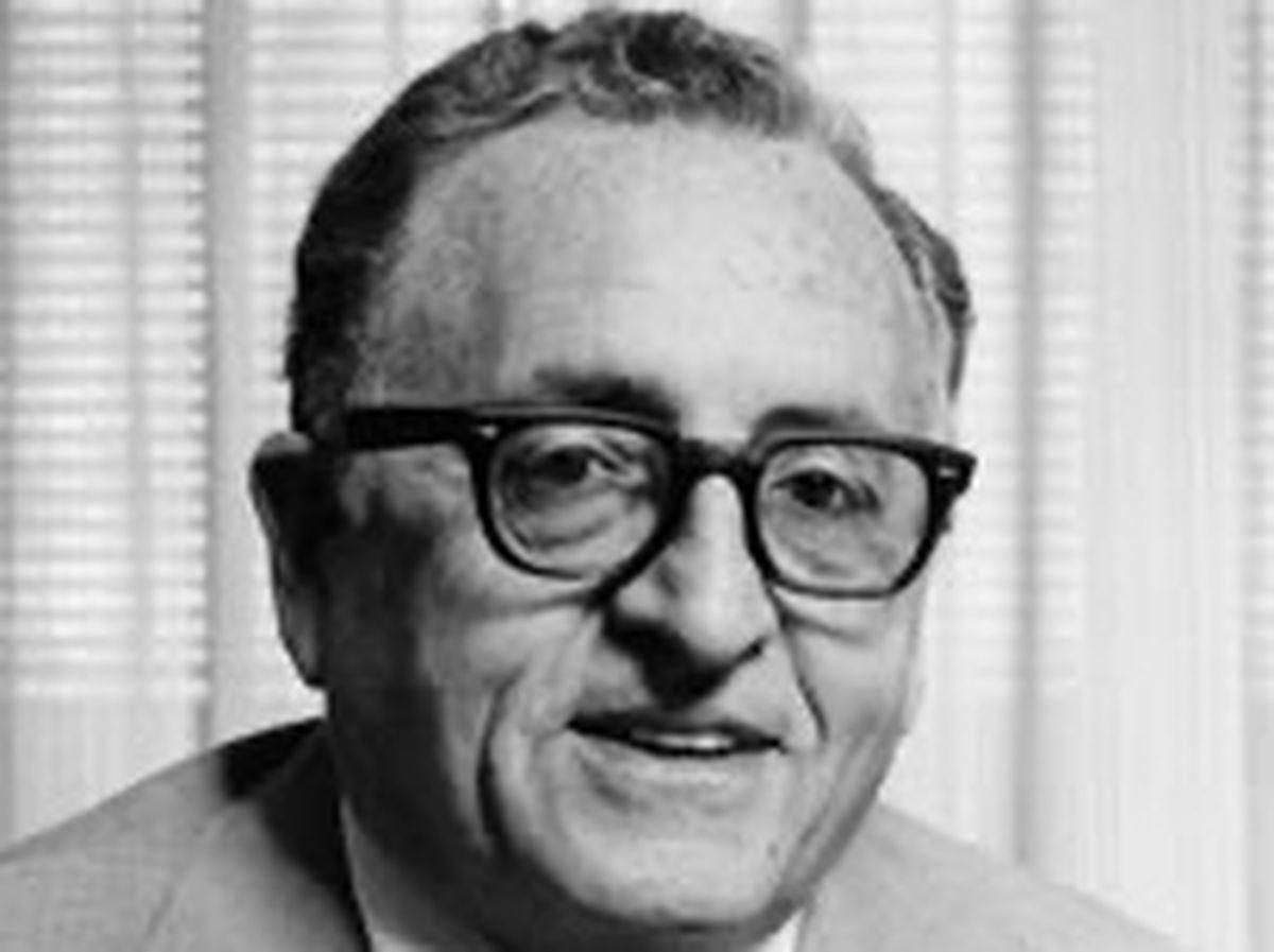 Dr. Arthur Bushel, dental health pioneer, dies