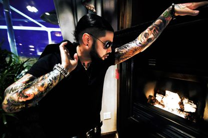After accident, David Correy strives to make it as a singer