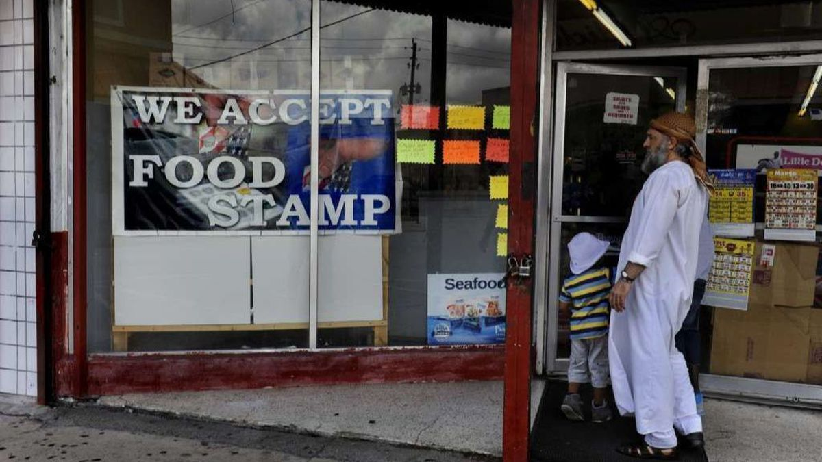 Feds to cut up to 15,000 in Baltimore from food stamps; Maryland, other states suing to halt change