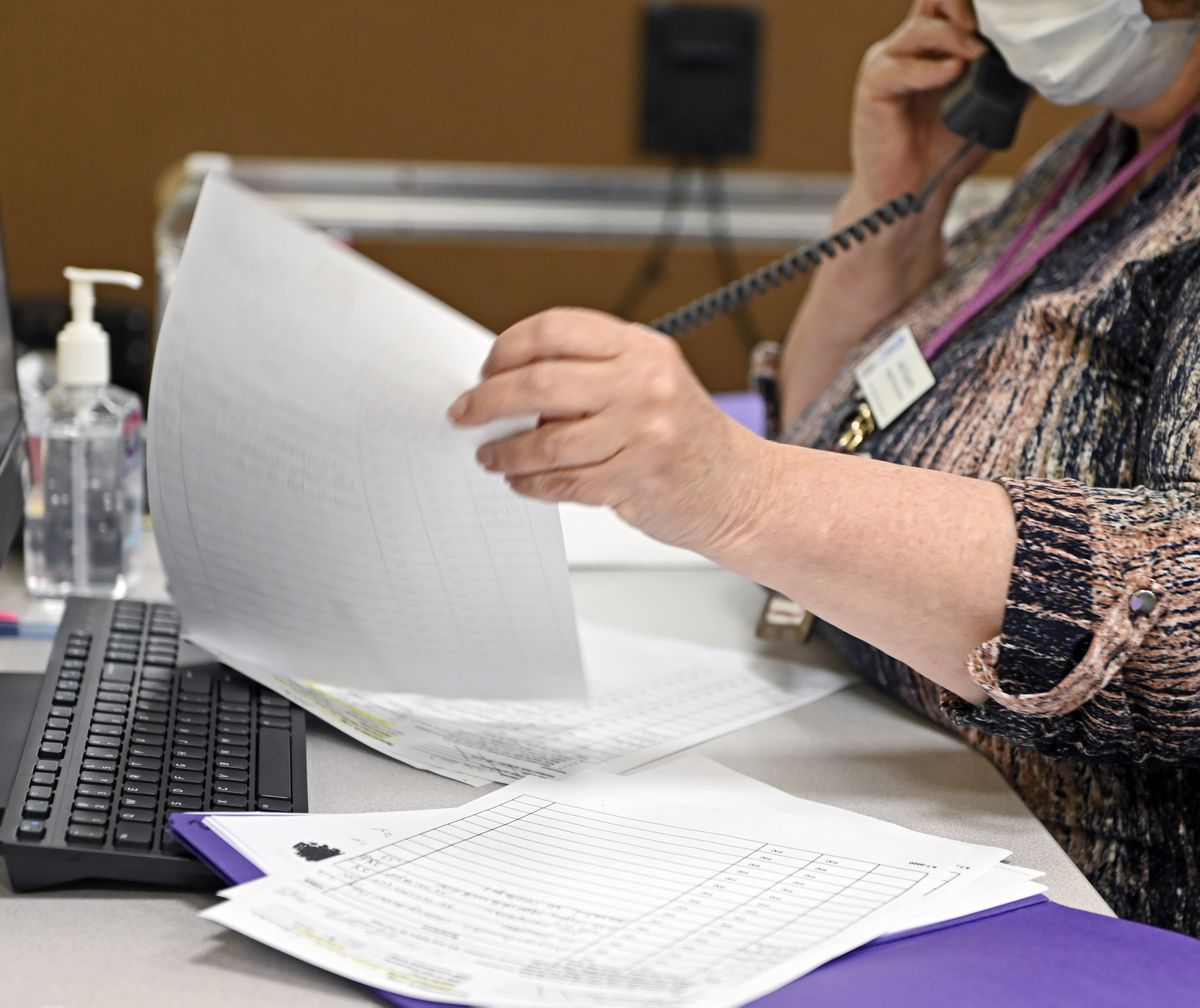 Coronavirus contact tracers among Baltimore employees who haven't been paid - Baltimore Sun