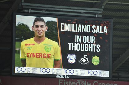 Body visible in wreckage of plane that carried Argentine soccer player Emiliano Sala