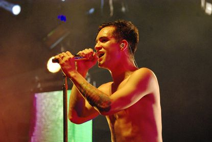 Panic! at the Disco brings Vegas theatrics to Pier Six