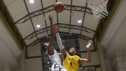 Men's Basketball: Sacred Heart hands Mount St. Mary's another home defeat
