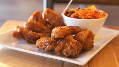 Bonchon, a chain known for its Korean fried chicken, has closed its doors in Canton.