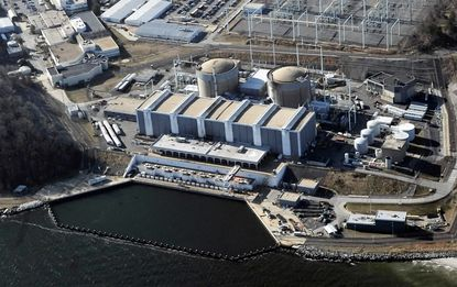 Melting snow has triggered shutdowns of the nuclear power plant at Lusby twice in the past five years. A watchdog group and federal regulators dispute whether there's a link.
