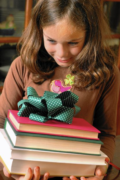Book gift ideas for children at the holidays