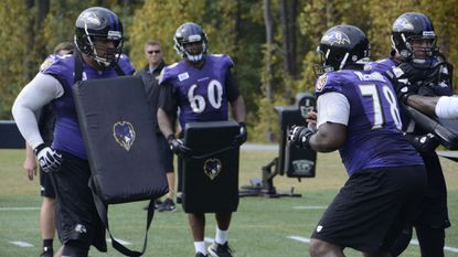 Ravens left tackle Eugene Monroe (60)