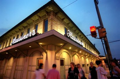 Haussner's Restaurant on a weeknight during the month it closed in 1999.