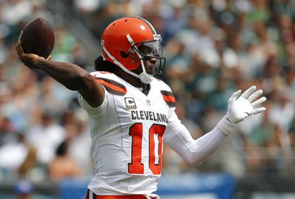 Browns quarterback Robert Griffin III attempts a pass against the Eagles during the second quarter at Lincoln Financial Field on Sept. 11, 2016.